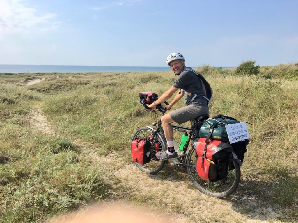 Auf dem Rad vor der Ostsee