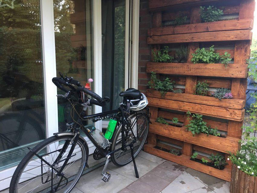 Fahrrad im Hof