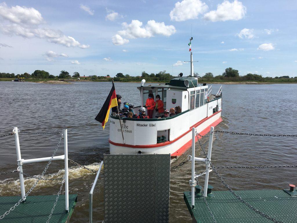 Elbe-Fähre