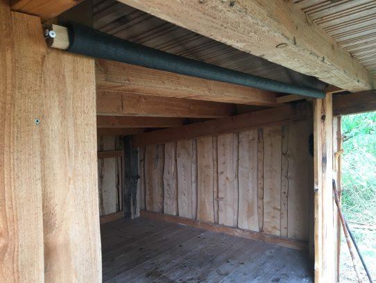 Moskitonetz an Hütte