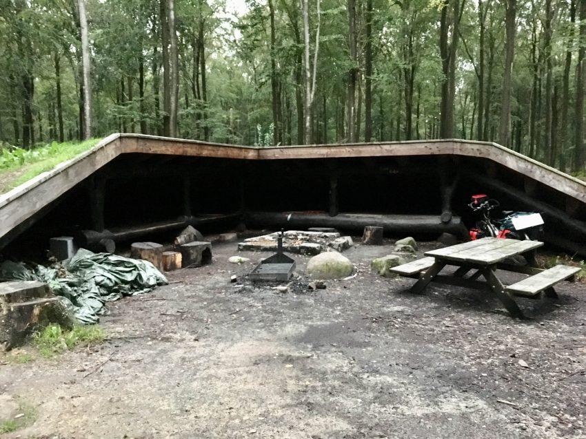 große Hütte